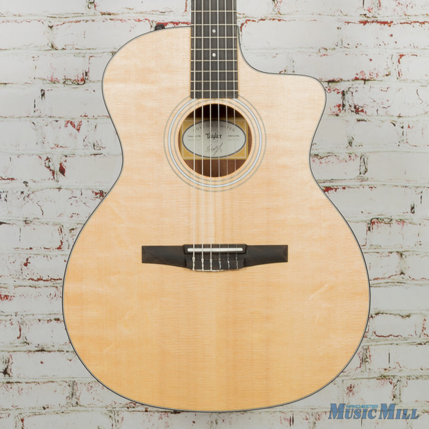 Taylor 114ce-N Nylon String Limited Edition Ovangkol Natural.