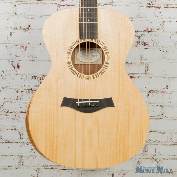 Taylor Academy 12 - Layered Sapele back and sides Guitar