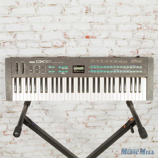 Yamaha DX21 Synthesizer (USED)
