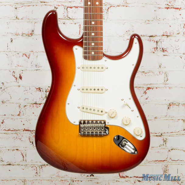 Fender Vintera '70s Stratocaster - Sienna Sunburst w/ Pau Ferro Fingerboard