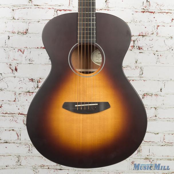 Breedlove USA Concert Moon Light Acoustic Guitar