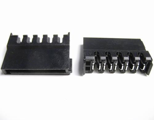 SATA power connector IDC