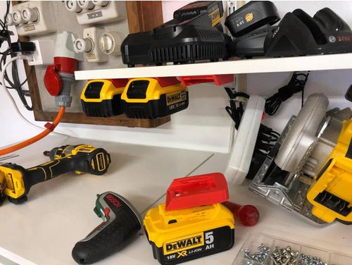 Dewalt 18v Battery Mounts