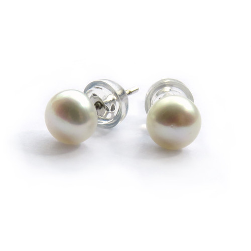 Freshwater pearl stud earrings & sterling silver posts, suitable a gift to your sister, best friend or gran on their birthday or at Christmas, for a mum on Mothers Day,a special teacher, thank you gift your bridesmaids.