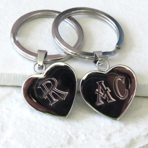 Personalised heart keyring engraved with bold initials a unique gift for a mum or dad on Father or Mothers Day or for your gran or grandpa. Trade Gifts dropshipping UK corporate.