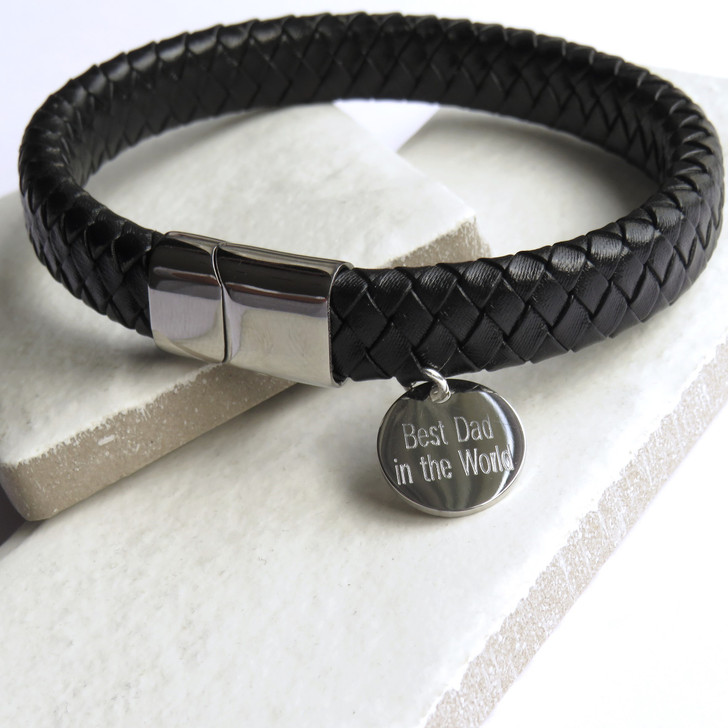 Personalised luxury men's leather bracelet has a silver coloured fastening. Suitable for a man or teenage boy and perfect for a special gift for his birthday,Christmas,Father's day or Valentine's day.  UK supplier dropshipping.