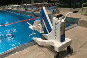 Mobile Disability Hoist for Swimming Pool Access