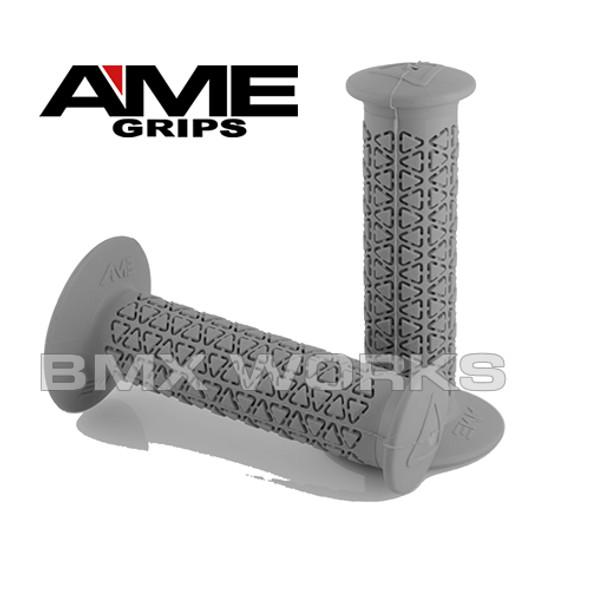 AME Grips Round Grey Pair