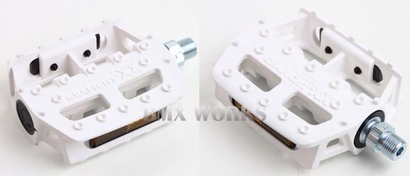 """MKS Graphite XX 1/2"""" Pedals White"""