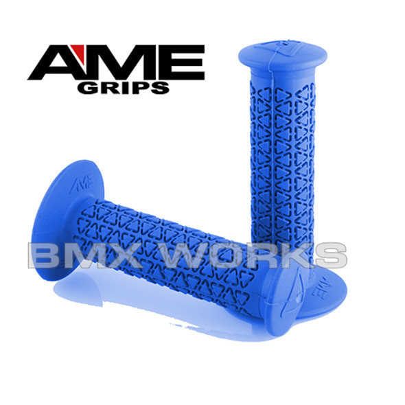 AME Grips Round Blue Pair