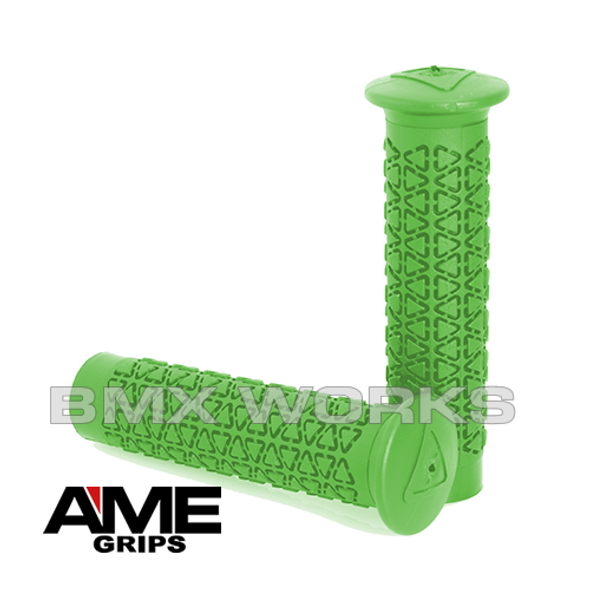 AME Freestyle Round Grips - Green Pair