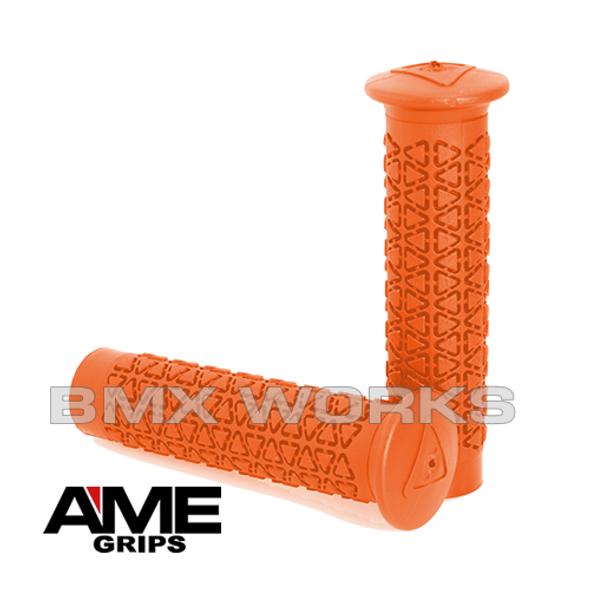AME Freestyle Round Grips - Orange Pair