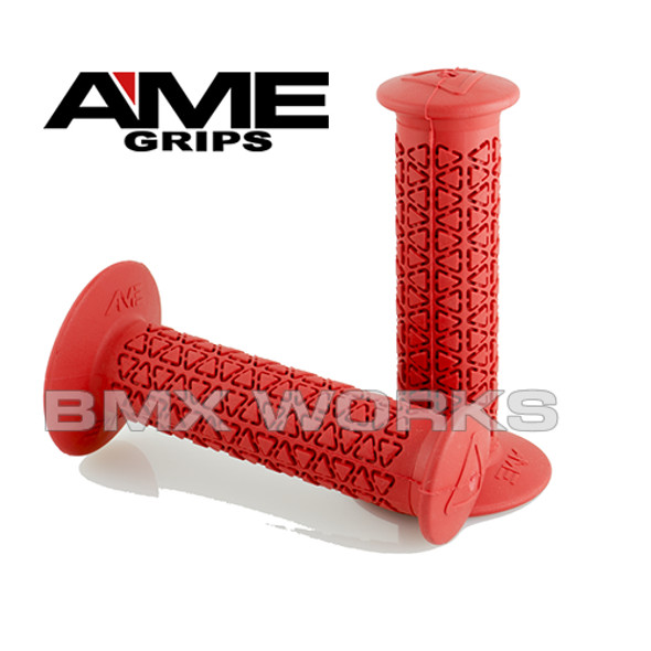 AME Grips Round Red Pair