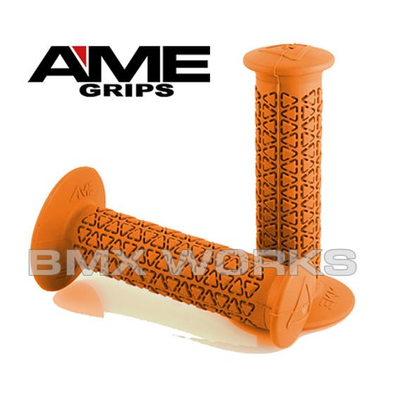 AME Grips Round Orange Pair