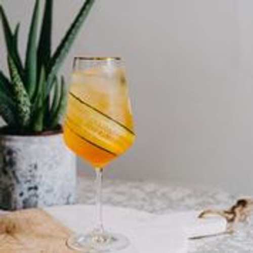 Non-Alcoholic Healthy Hedonist Spritz Mocktail | Lyre's