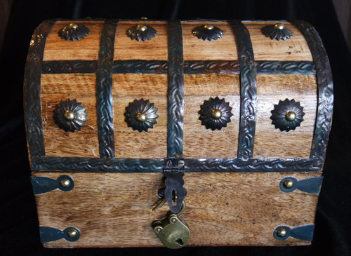 Wooden Pirate Chest w/ Lock Large