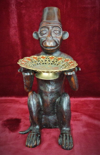 Bronze Bellhop Monkey