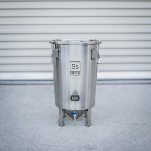 Brewmaster Brew Bucket with Thermometer