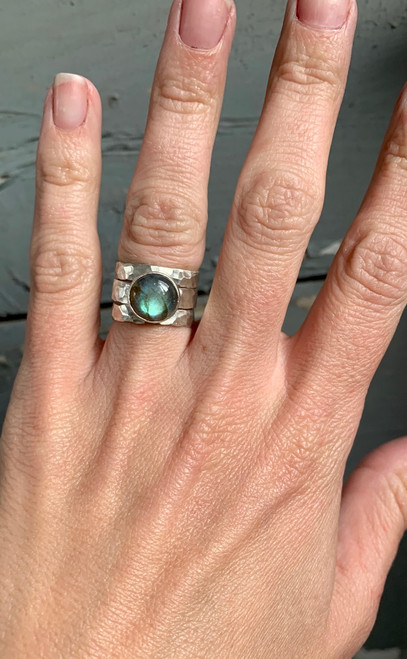 Elegant Blue Flashy Labradorite Sterling Silver Hammered Band Trio Ring
