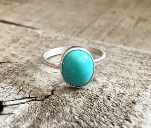 Elegant Modern Sky Blue Turquoise Oval Sterling Silver Ring
