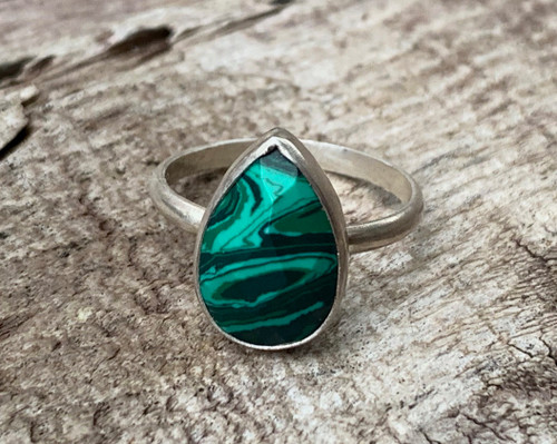 Elegant Emerald Green Malachite Teardrop Sterling Silver Solitaire Ring