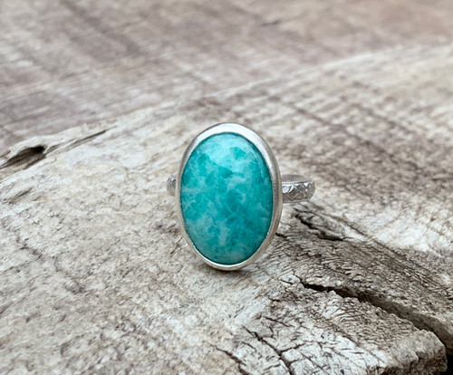 Stunning Luminescent Bright Blue Amazonite Sterling Silver Ring with Pattered Ring Band