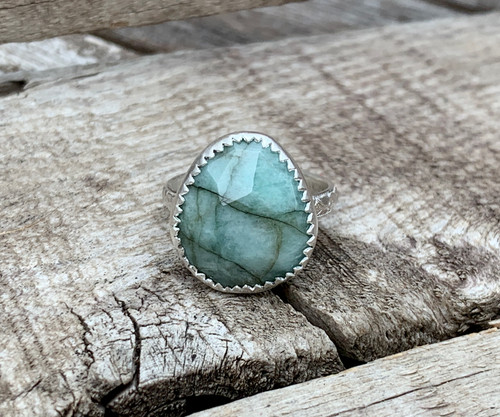 Light Green Blue Veined Faceted Sapphire Sterling Silver Statement Ring