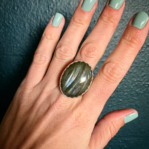 Large Oval Striped Grey Blue Purple Flashy Labradorite Sterling Silver Ring with Hammered Ring Band