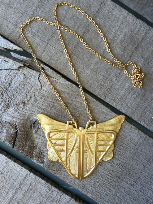 Golden Brass Egyptian Scarab in Art Deco Style with Gold Plated Chain | Vintage Necklace | Gold Art Deco Necklace | Scarab Necklace