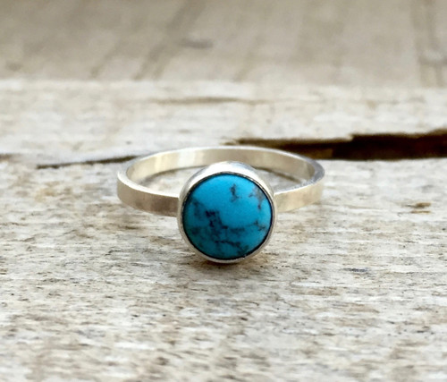 Elegant Round Turquoise Blue Solitaire Ring in Sterling Silver