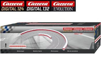 Carrera stacks of tires 20021130