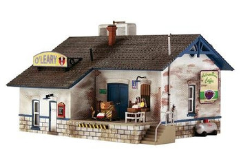 Woodland Scenics Pre-Fab O'Leary Distribution HO scale building kit