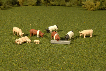 Bachmann Scene Scapes pigs w/ trough HO scale 33118