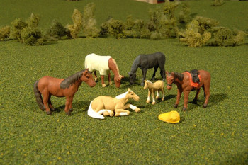 Bachmann Scene Scapes horses HO scale 33119