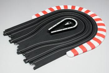 "AFX 3"" hairpin curve track with outer aprons"