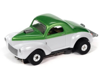 Auto World Thunderjet Ultra-G 1941 Willys Coupe Gasser green/white HO slot car