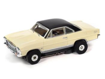 Auto World Thunderjet Ultra-G 1966 Chevy Nova SS butternut HO slot car