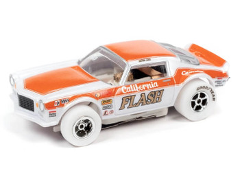 Auto World X-Traction 1970 Chevrolet Camaro Butch Leal California Flash iWheels HO slot car