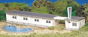 Bachmann HO scale motel w/ pool Kit