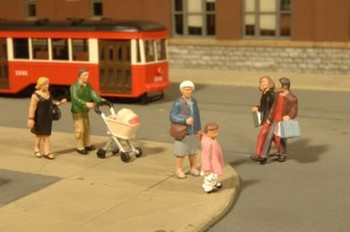 Bachmann Scene Scapes city strolling people HO scale figures 33109