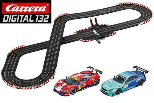 Carrera DIGITAL 132 GT Race Stars track layout with Ferrari 488 GT3 and BMW M3 GT3 1/32 slot cars