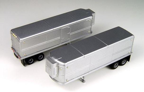 Classic Metal Works AeroVan 32' Set Unmarked Refrigerated