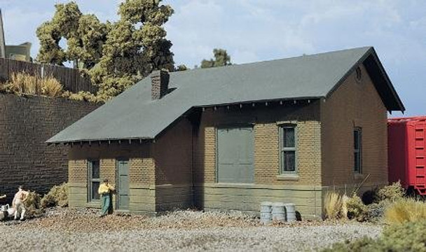 DPM Freight Depot HO scale building kit 10700