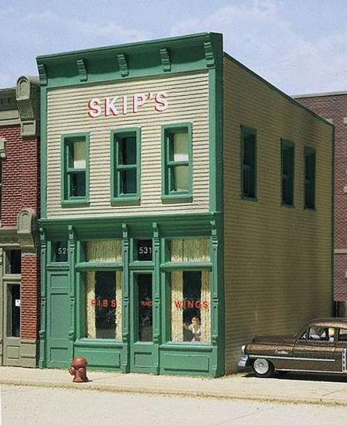 DPM Skip's Chicken and Ribs HO scale building kit 10500