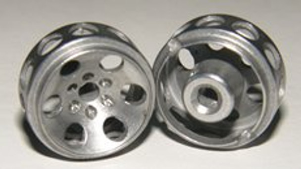 Hobby Slot Racing 16.5 mm x 8.5 mm TRIUMPH Wheels (2)