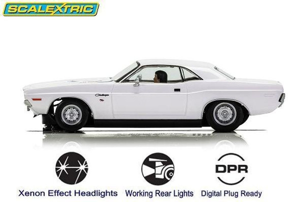 Scalextric Dodge Challenger 1970 1/32 slot car side view