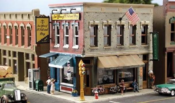 Woodland Scenics Pre-Fab Main Street Mercantile HO scale building kit