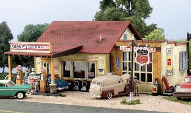 Woodland Scenics Sonny's Super Service HO scale Pre-Fab building kit