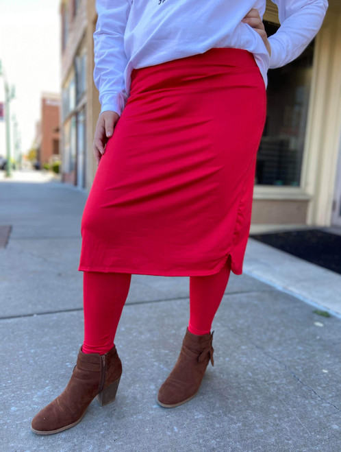 Athletic Skirt With Ankle Leggings *Red*