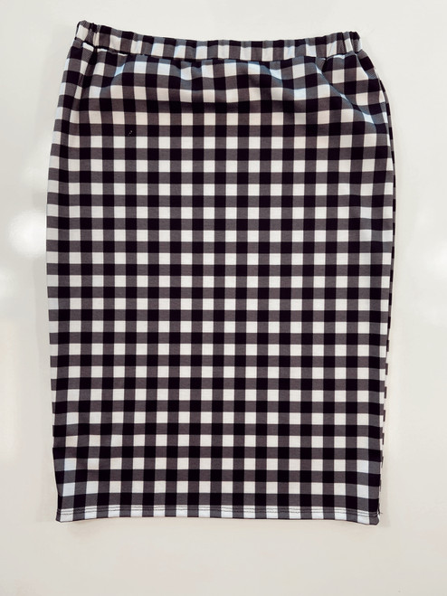 Klassy Girl Longer Length Pencil Skirt *Black Small Check*